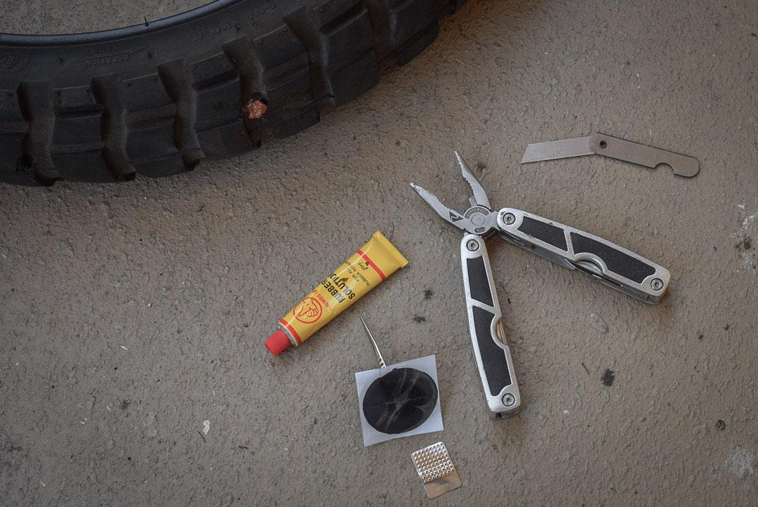 réparer un pneu moto
