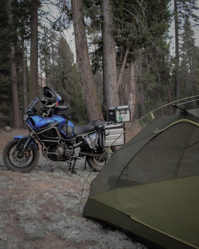 camper aux abords de kings canyon